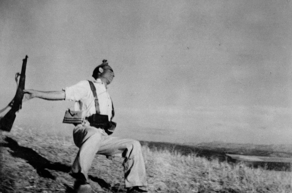 Robert Capa - Magnum Photos